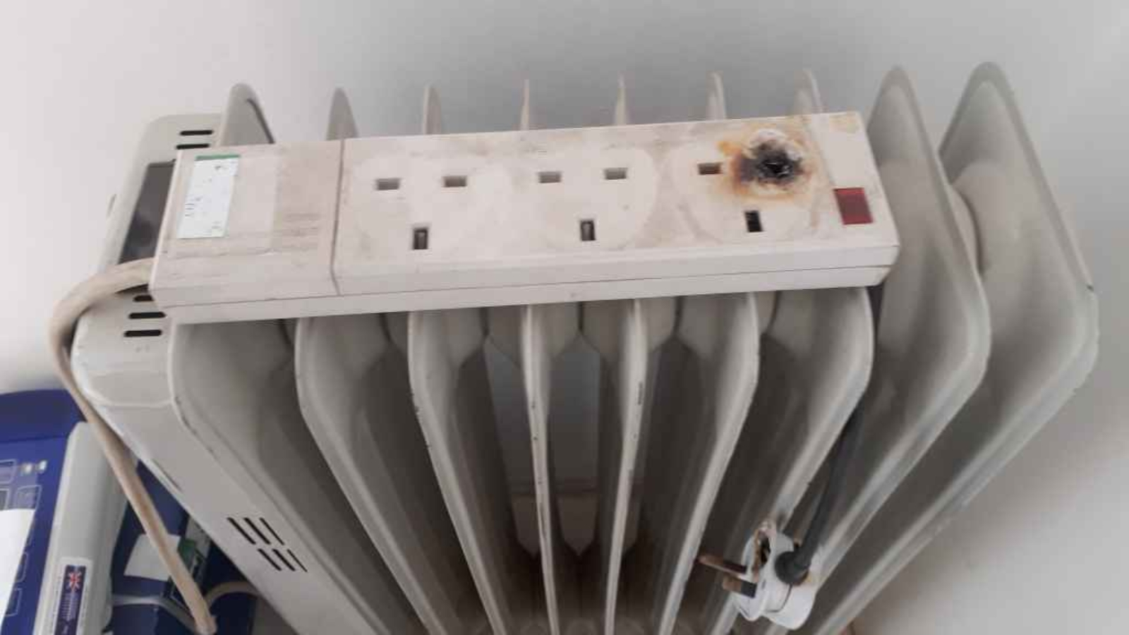 Scorched 3 socket extension